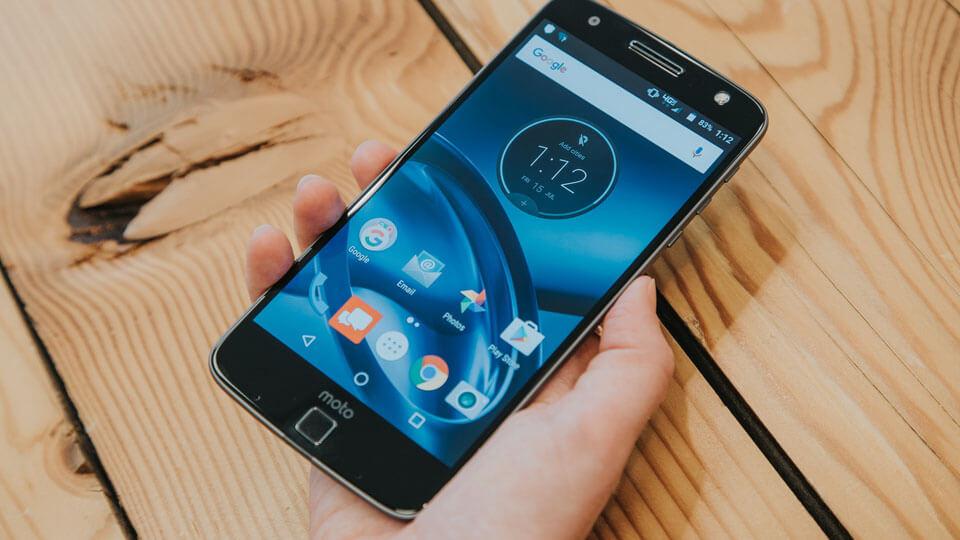 Motorola'dan Kendini Onarabilen Ekran Teknolojisi
