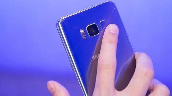 Galaxy S9′ a yeni parmak izi teknolojisi geliyor